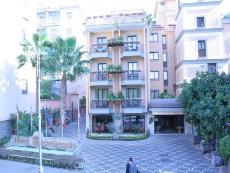 HOTEL MICHELANGELO, SORRENT ****
